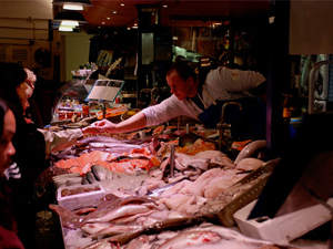 English_Market_Fishmonger.jpg